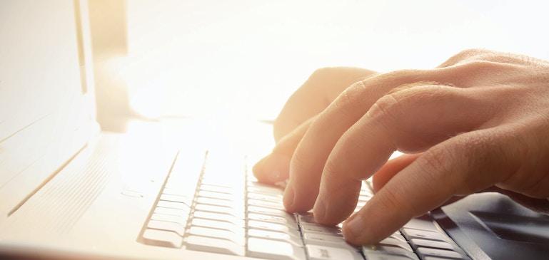 ワンツー パンチ:動画ポータルで潜在顧客を魅了
