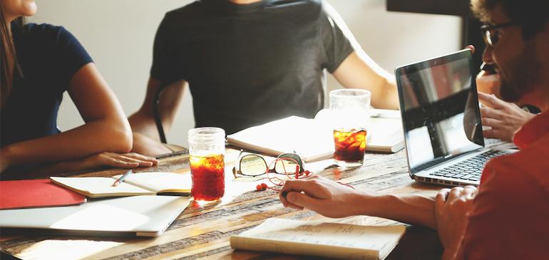 사내 커뮤니케이션 시리즈 1 - 효율적인 사내 커뮤니케이션을 시작하기 위한 방법