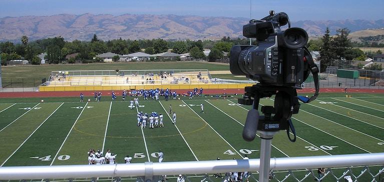 ライブ動画からソーシャルメディアへ:世界中のスポーツファンの目をクギづけにする方法